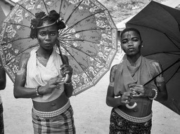 """""""Black Magic Women"""" la mostra fotografica africana"""